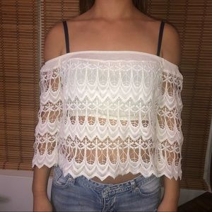 Whit off the shoulder crop top